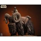 Star Wars Bantha und Tusken Raider Statue